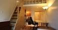 ÿ�� �Ǽ�W14�� ������ ���Ե� Renovated Studio Loft
