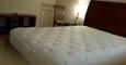 팰팍 조용하구 넓고께끗한방 여성룸메이트 가구완비 아파트