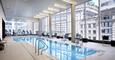 32가 6ave 럭셔리 빌딩 짐 도어맨 수영장 아침제공!